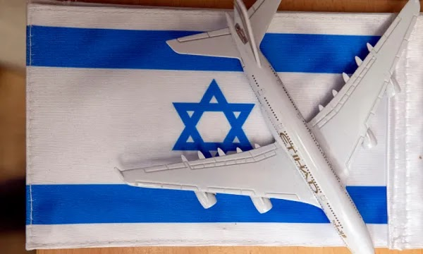 How is Israel Using Social Media to 'Win' the Middle East?