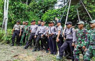 TNI dan Polri Kompak
