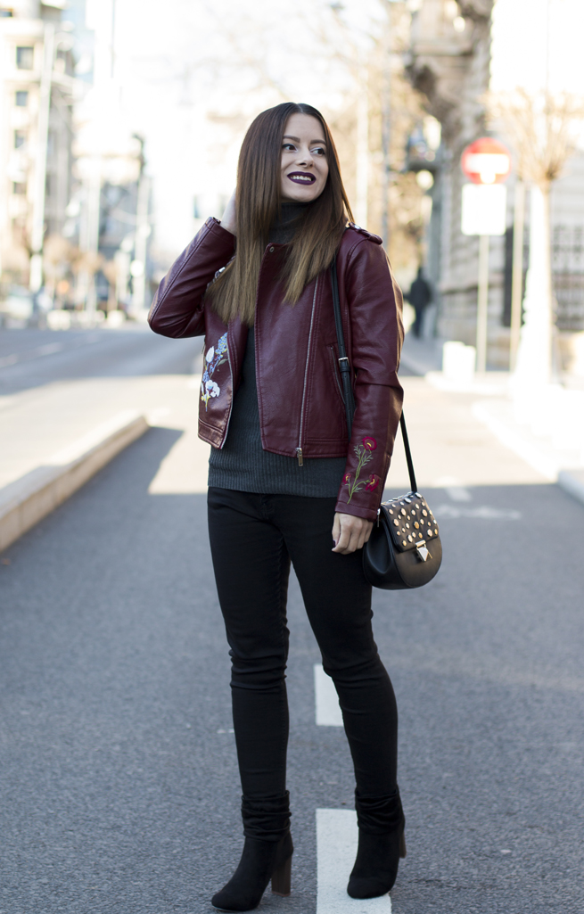 how to wear the leather jacket during winter