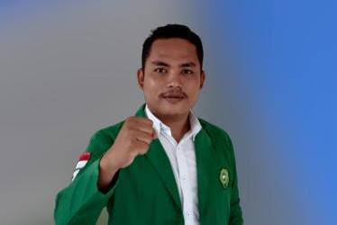"Mantan Aktivis: Adék DEMA, Kecewa Keu Rektor, Bèk ""Peubangai"" Langsa"