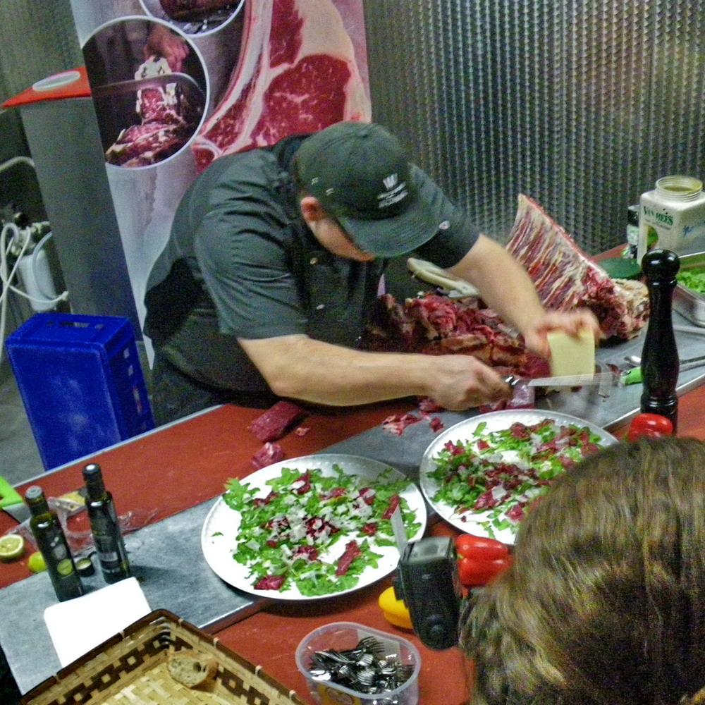 MeatNight In Sugenheim: Fleischeslust, Veganerfrei