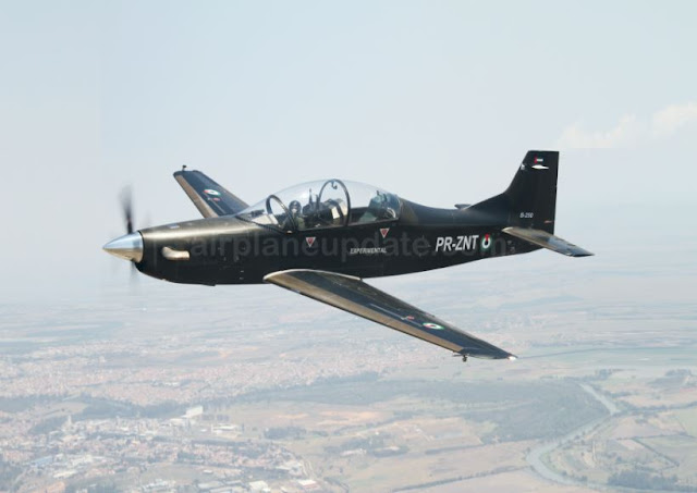 Calidus B-250 trainer aircraft