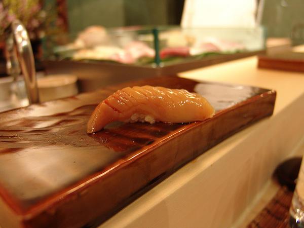 อาโอยากิ , Round clam (Aoyagi)
