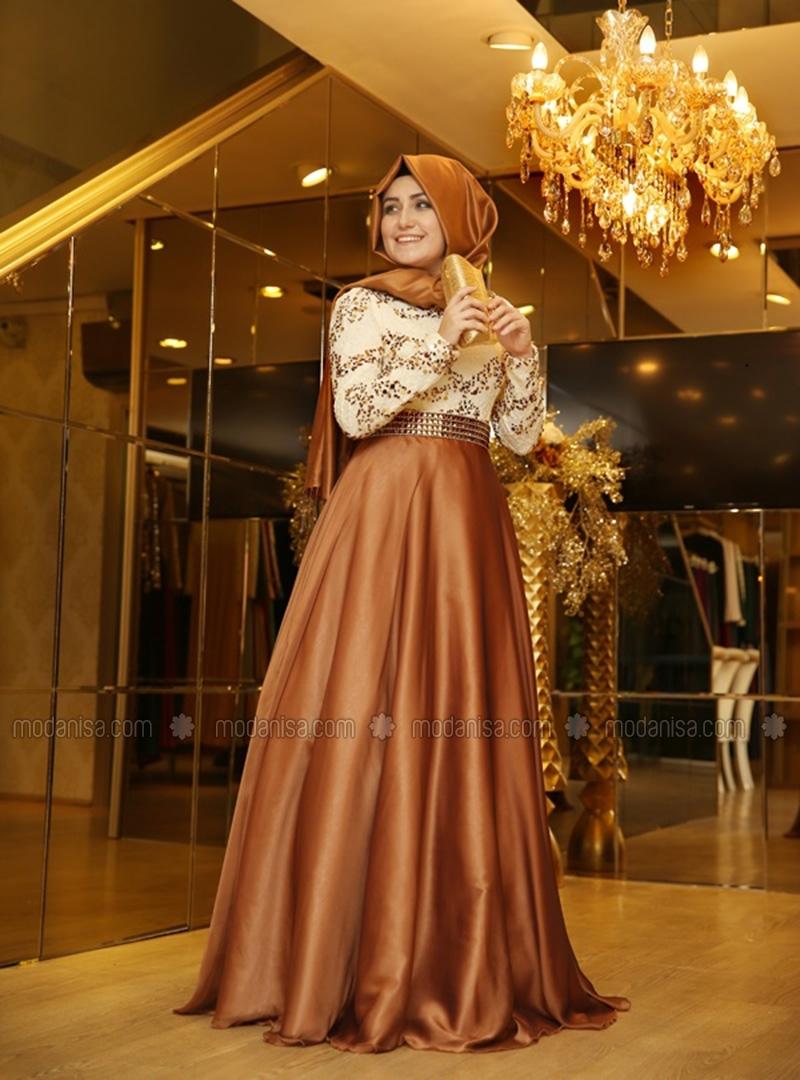 25 Model Baju Muslim Untuk Pesta Terbaru 2018