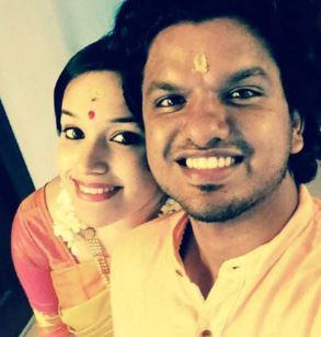 Singer Sooraj Santhosh Family Wife Parents children's Marriage Photos