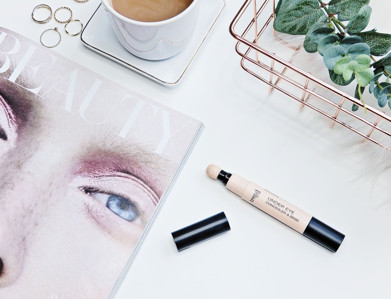 Trend IT UP Under Eye Concealer & Base,