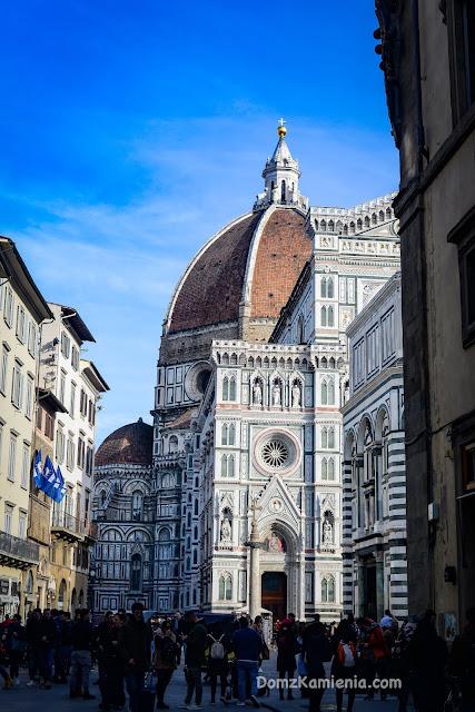 Florencja Dom z Kamienia Duomo