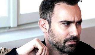 Γιώργος Καπουτζίδης: Έχει γενέθλια και αποκάλυψε την πραγματική του ηλικία