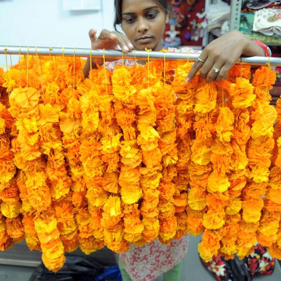 Diy Flower Garland: Bywater Boo: DIY Indian Flower Garland