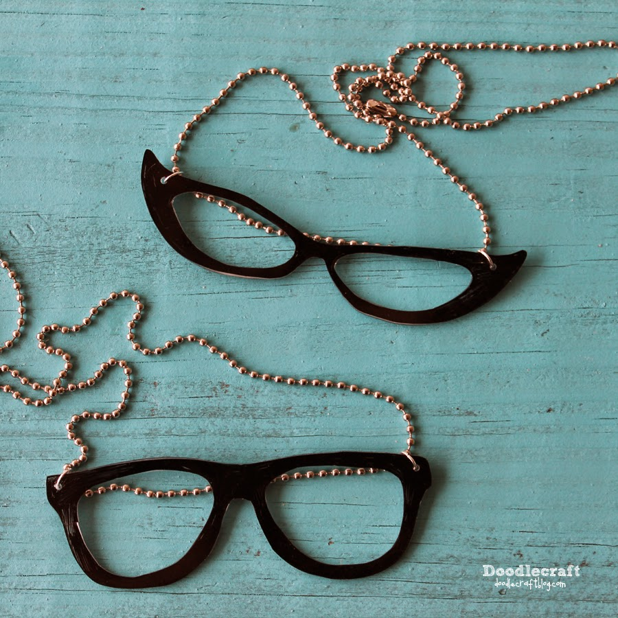 http://www.doodlecraftblog.com/2015/04/geek-and-cat-eye-glasses-necklaces.html