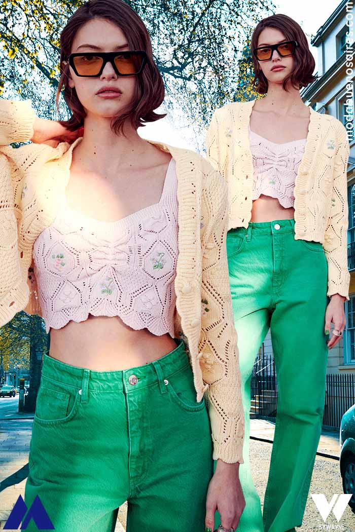Pantalones de color verde moda verano 2022