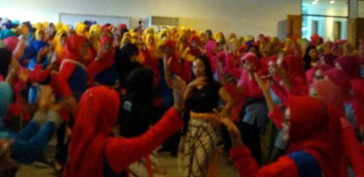 Ratusan Guru PAUD Menari Gaya Anak di Unpak, Lihat ...