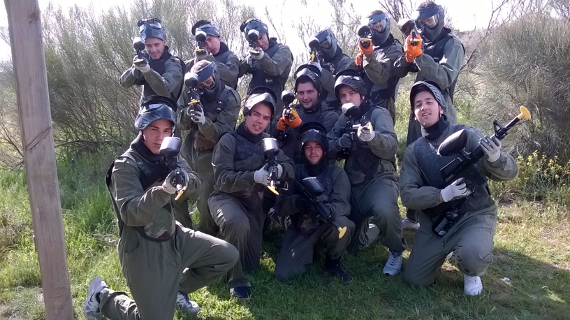 Paintball madrid paintball desde 15 en madrid evasi n for Megacampo paintball madrid oficinas madrid