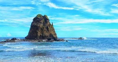 Pantai Papuma, wisata andalan jember