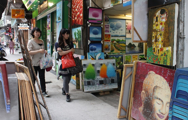 Famous Shopping Streets in Hanoi Old Quarter 1