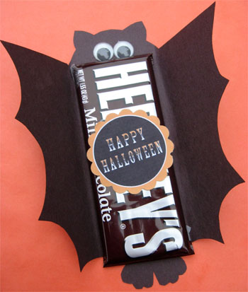 Cute food for kids 41 cutest halloween food ideas for Bat candy bar wrapper template