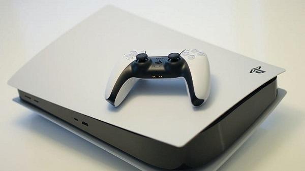 مايكروسوفت تعترف بتفوق جهاز PS5 لتشغيل ألعاب الطرف الثالث و تكشف سبب معاناة جهاز Xbox Series X