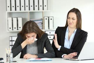 Cara Menghadapi Karyawan Yang Sering Sakit dan Cara Mengatasinya
