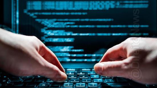 hacker rouba dados 223 milhoes brasileiros