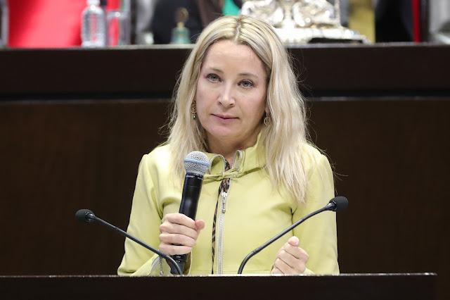 Plantea Claudia Pastor que las generaciones futuras estén reconocidas como sujetos de derecho en la Constitución Política