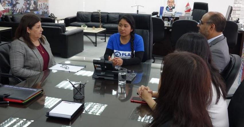 Alumna del colegio Fe y Alegría fue ministra de Educación por unas horas