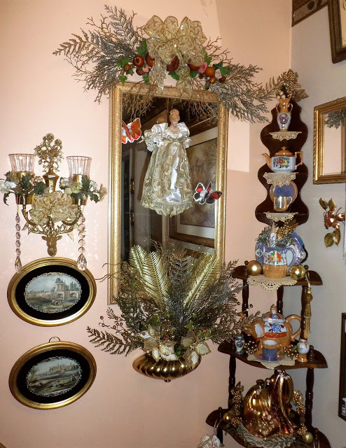 Christmas in the Upstairs Hallway, Christmas Home Tour, 2016