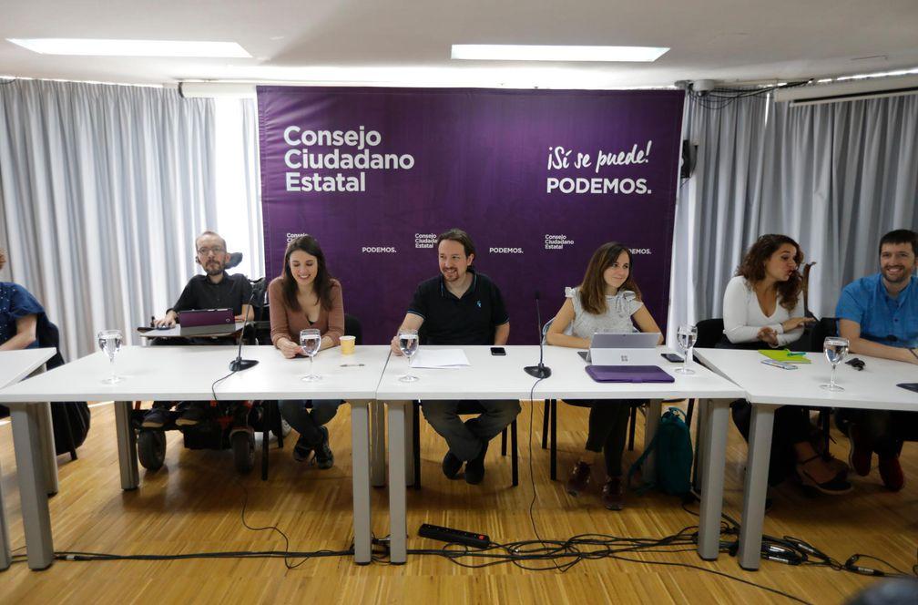 """Dos ex abogados de Podemos denuncian que han sido despedidos en represalia por investigar """"irregularidades"""""""