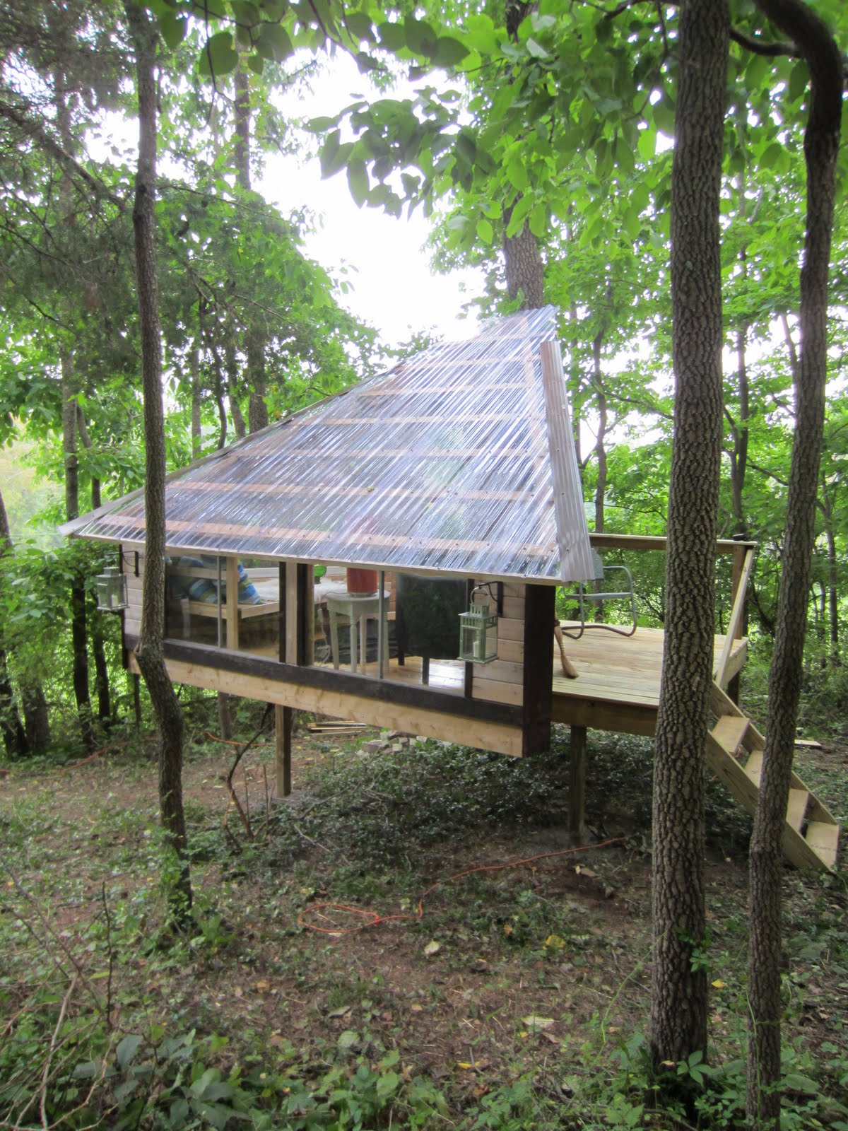 Relaxshacks Com More Photos Gallery Of Quot The Wolfe S Den