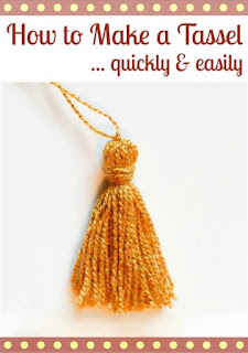 http://www.petalstopicots.com/2015/04/how-to-make-a-tassel-quickly-and-easily/