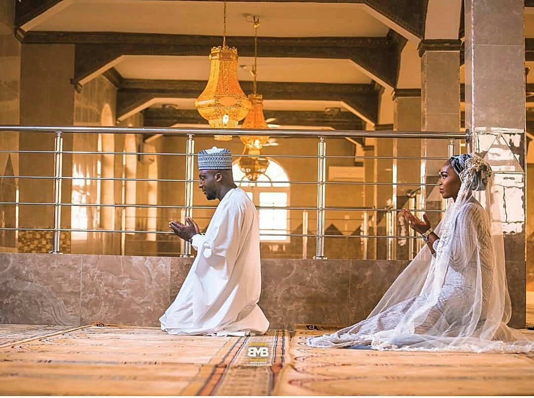NAIJA MUSLIMS: A Couple That Prays Together..