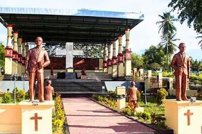 Prasasti Salib Besar di Manokwari