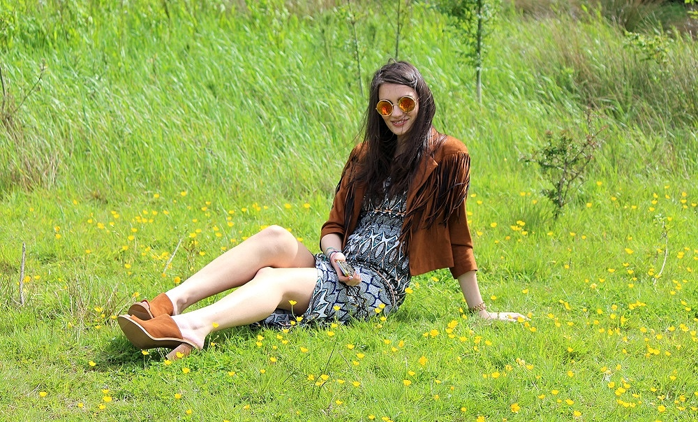 peexo-fashion-blogger-wearing-fringe-jacket-and-aztec-midi-dress-and-suede-mules-and-rose-gold-sunglasses-in-festival-boho-lookbook