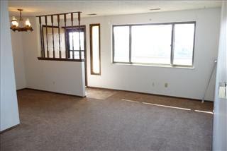 Wedgewood Avenue, Interior empty