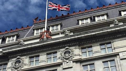 Augusztusban csökkent, negyedévi távlatban nőtt a brit gazdaság teljesítménye