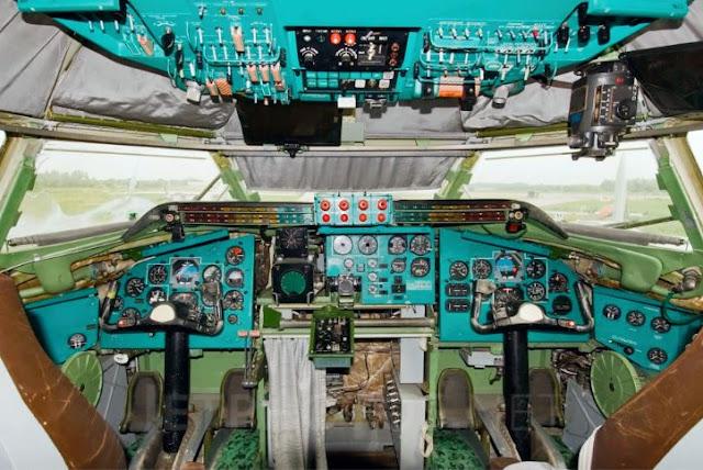 Tupolev Tu-95MS Cockpit
