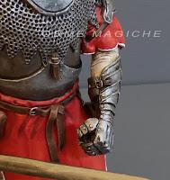 statuette personalizzate statuine su ordinazione rifiniture dettagli realistici orme magiche
