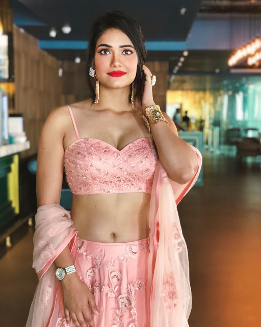 Richa Shah  (Indian Actress) Wiki, Biography, Age, Height, Family, Career, Awards, and Many More...