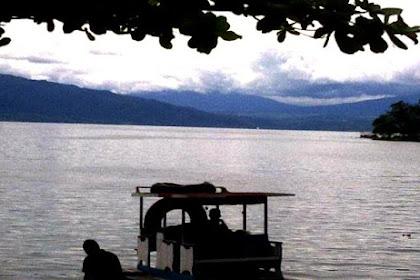 Di Danau Singkarak, Nelayan Manjalo Ikan Bilih