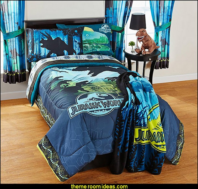 Jurassic World bedding  dinosaur theme bedrooms - dinosaur decor - decorating bedrooms dinosaur theme - dinosaur room decor - dinosaur wall murals - dinosaur wall decals - life size dinosaur props - dinosaur duvet