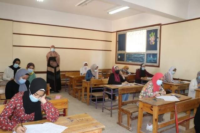 إنتهاء إمتحانات الفصل الدراسي الثاني للشهادة الإعدادية فى يومها السادس دون شكاوى .