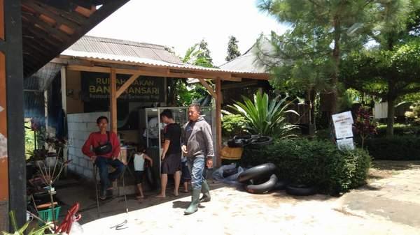 RM Banjaransari Cikijing Wisata Kuliner dan renang di Selatan Majalengka