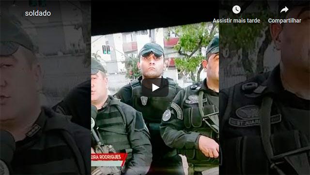 https://www.ahnegao.com.br/2019/09/o-policial-que-jamais-tira-o-olho-do-perigo.html