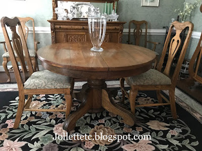 Oak dining room table  https://jollettetc.blogspot.com