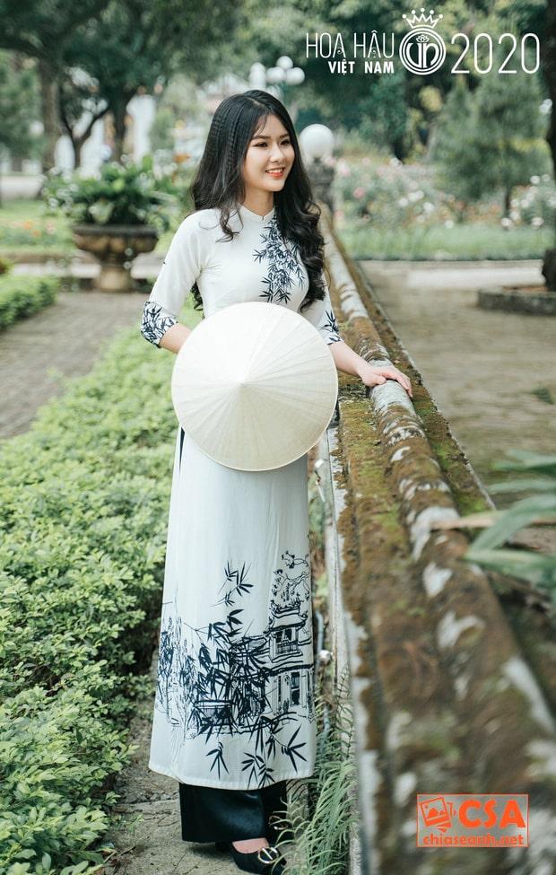 Lộ diện thí sinh nhỏ tuổi nhất Hoa hậu Việt Nam 2020: Sinh năm 2002, thả nhẹ vài chiếc ảnh đã hot quá rồi