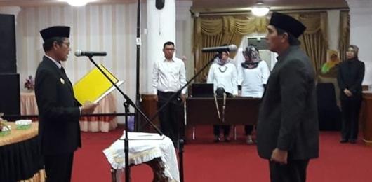 Gubernur Irwan Prayitno Lantik Wadarusmen Jadi Kadis Arsip dan Perpustakaan Sumbar