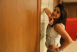 Actress Sakshi Agarwal Pictures in Jeans at Ka Ka Ka Po Movie Press Meet  0009.jpg