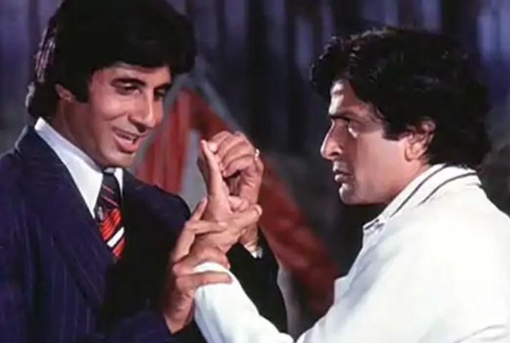 Name-the-film-in-which-Shashi-Kapoor-plays-elder-brother-to-Amitabh-Bachchan
