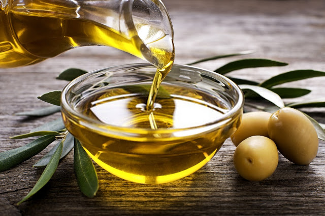 4 Olive oil facts that may surprise you (and how to get the health benefits of this versatile oil)