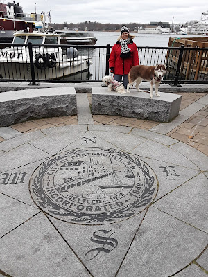 Dog Friendly Portsmouth New Hampshire is a great New England getaway.  Bring the dogs along for a fun holiday!