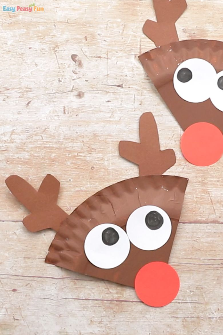 Paper plate reindeer craft for toddlers and preschoolers